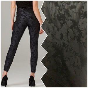 NWT🇨🇦Gorgeous JR black Faux Leather-Like Slip on Leggings